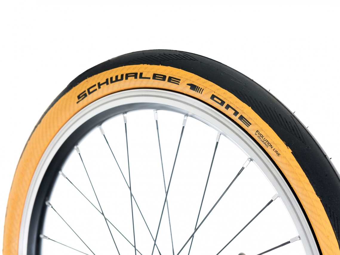 Brompton Buitenband Schwalbe One Tal Wall 35-349 Vouwband