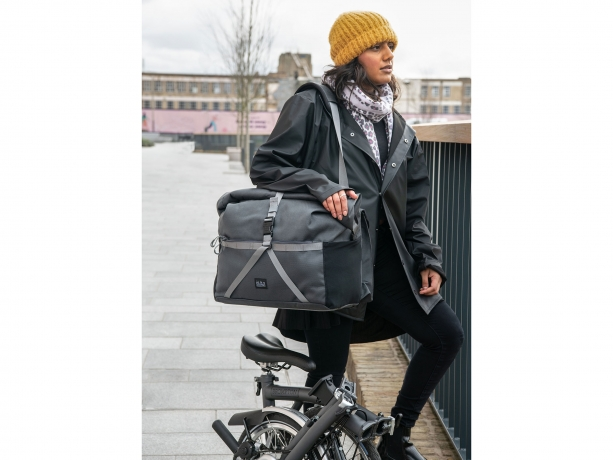 Brompton Borough Roll Top Bag L Donker Grijs incl. Frame & Regenhoes