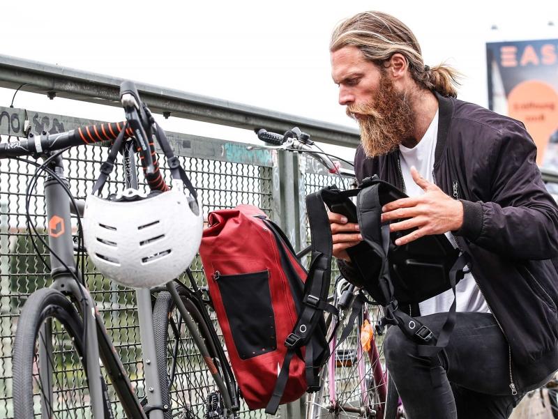 Ombouw Vario fietstas naar Vario rugzak